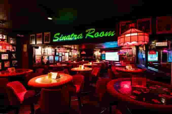 Sinatra room