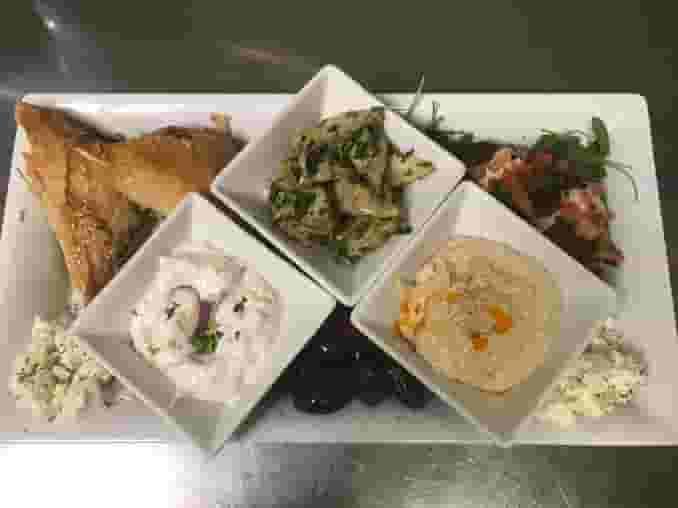 Mezze Vegetarian Platter