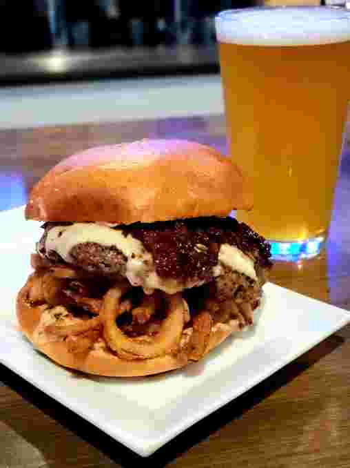This Week's Special: Pump Up The [Jam Burger]