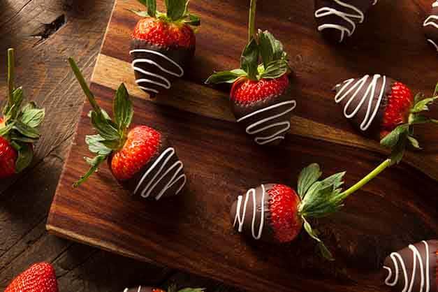 Dark Chocolate Dipped Strawberries