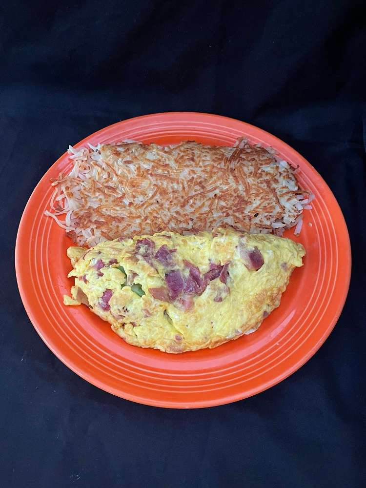 Avocado, Bacon, and Swiss Omelette