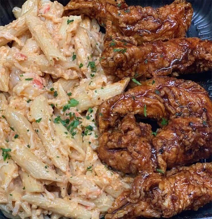 5 Chicken Tenders & 1/2 Lobster Mac & Cheese