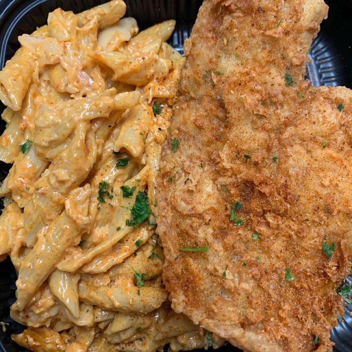 Fish & 1/2 Lobster Mac & Cheese