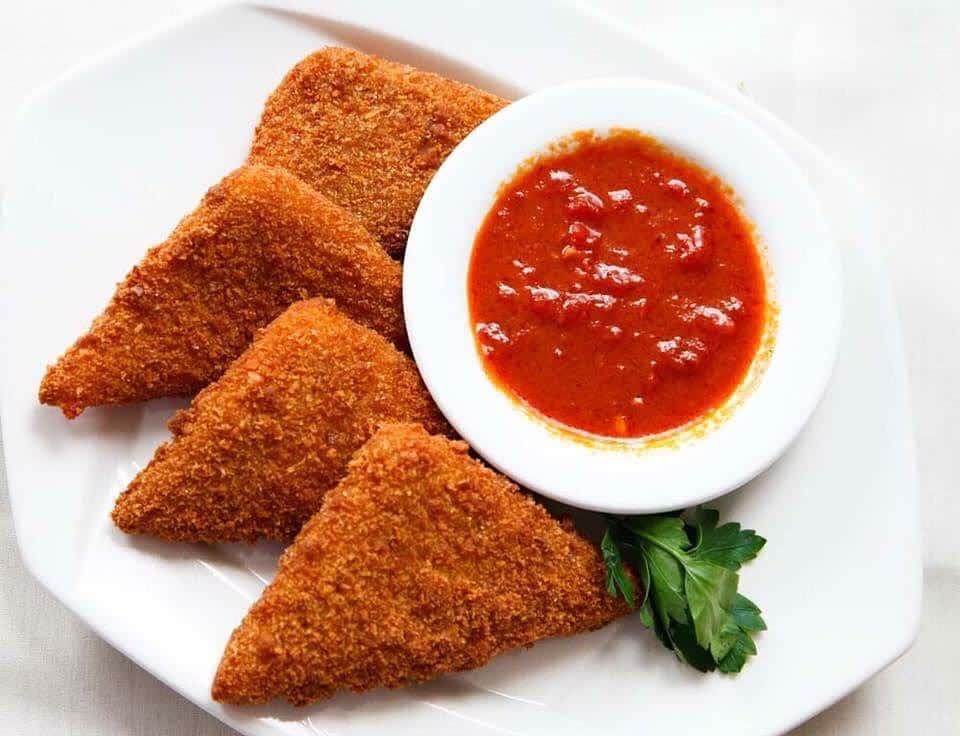 Homemade Mozzarella Triangles (4)