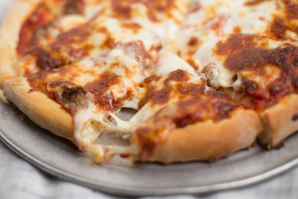 """14"""" LARGE MAKE YOUR OWN SALERNO'S PIZZA"""