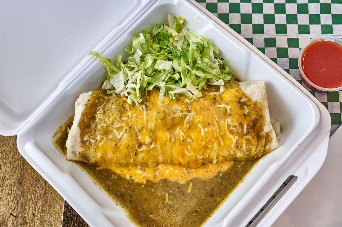 Green Chili Beef or Chicken Burro (Hot)