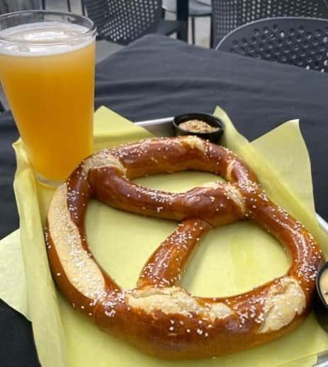 Jumbo Bavarian Soft Pretzel