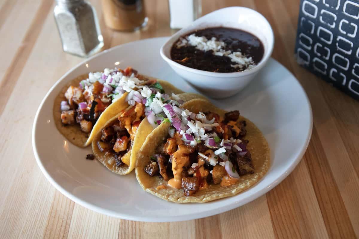 Chorizo Con Papas Tacos
