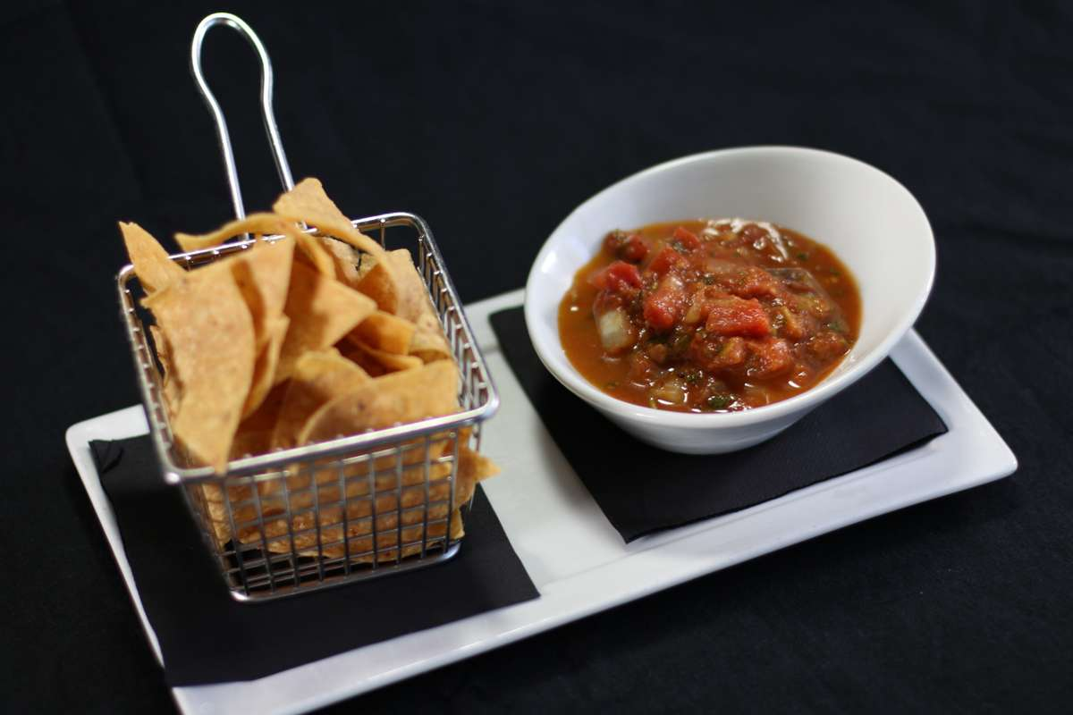 Fire Roasted Chips & Salsa