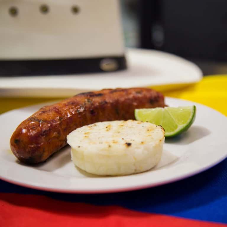 Chorizo con Arepita
