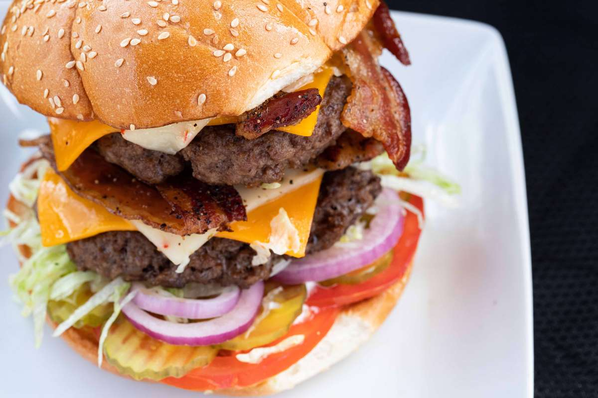 Angus Monster 20 oz Bacon Cheeseburger