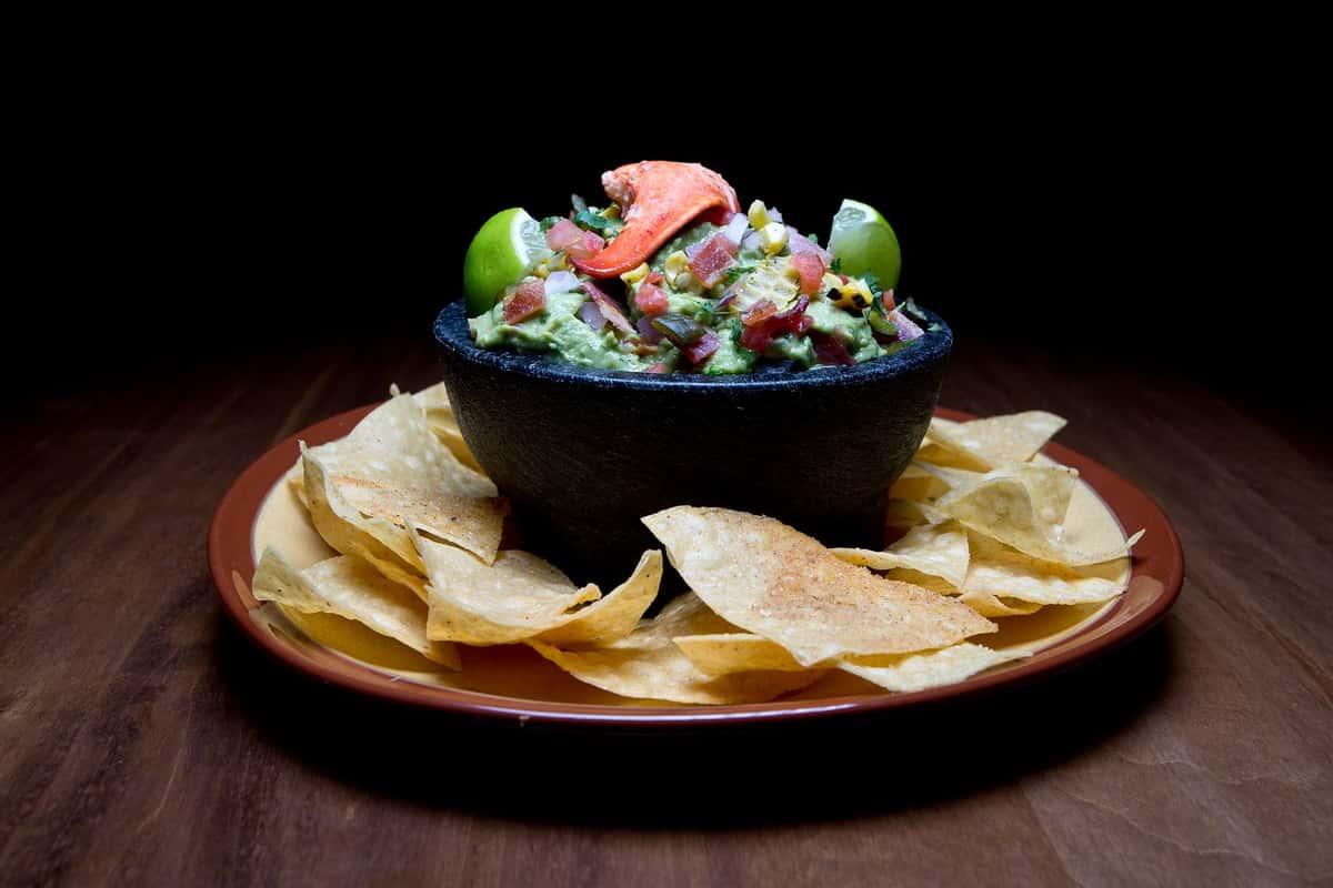 FRESH Homemade Guacamole & Chips