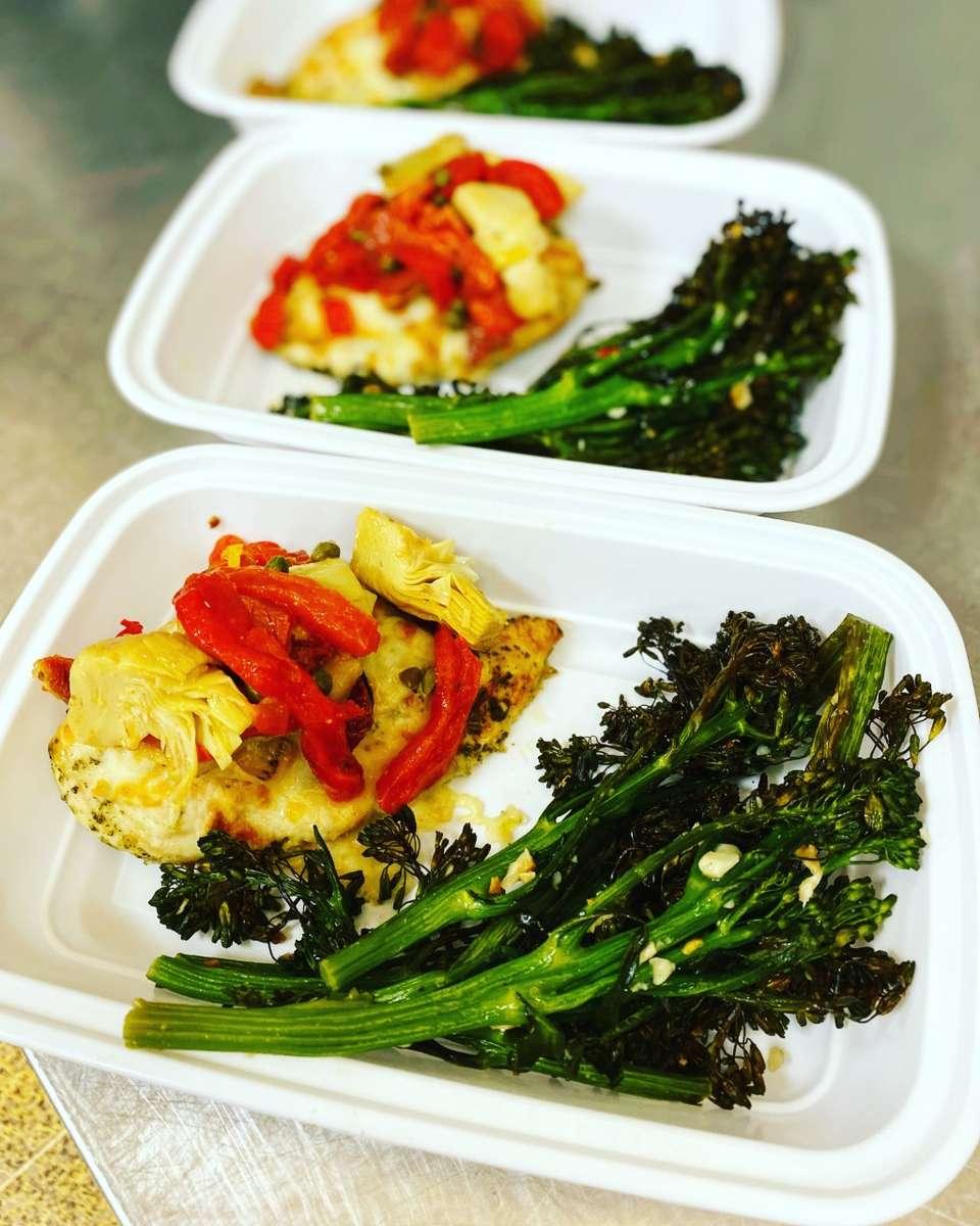 Mediterranean Chicken with roasted Broccolini (gf)
