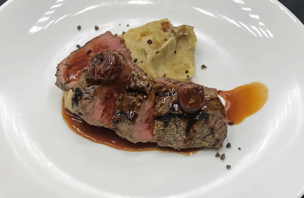 Teres Major Steak (8 oz) with mashed potato