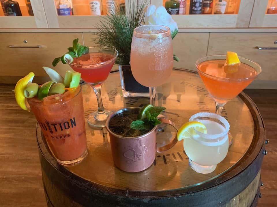 $5 Seasonal Sisters Cocktail