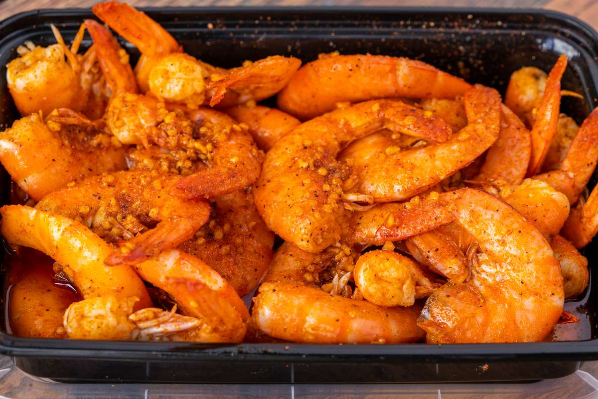1 Lb Not Peeled Shrimp