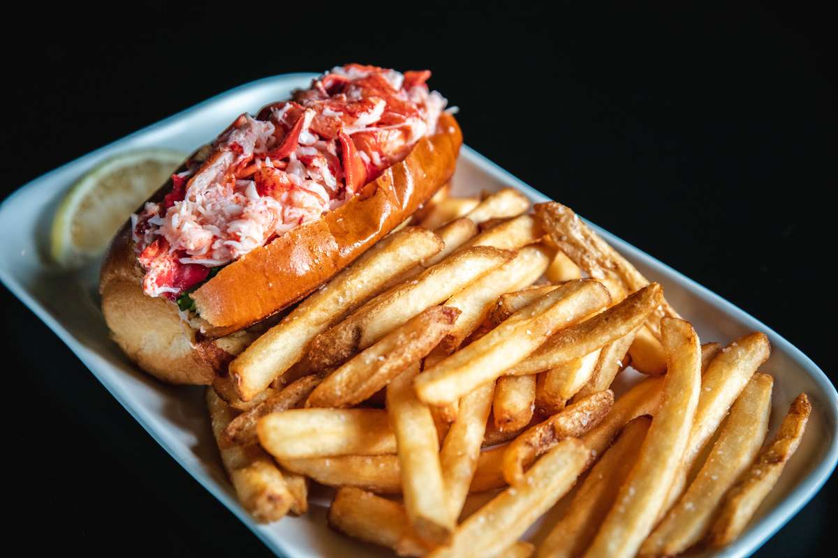 Grilled Lobster Roll