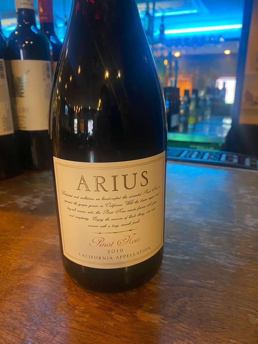 Arius Pinot Noir, California