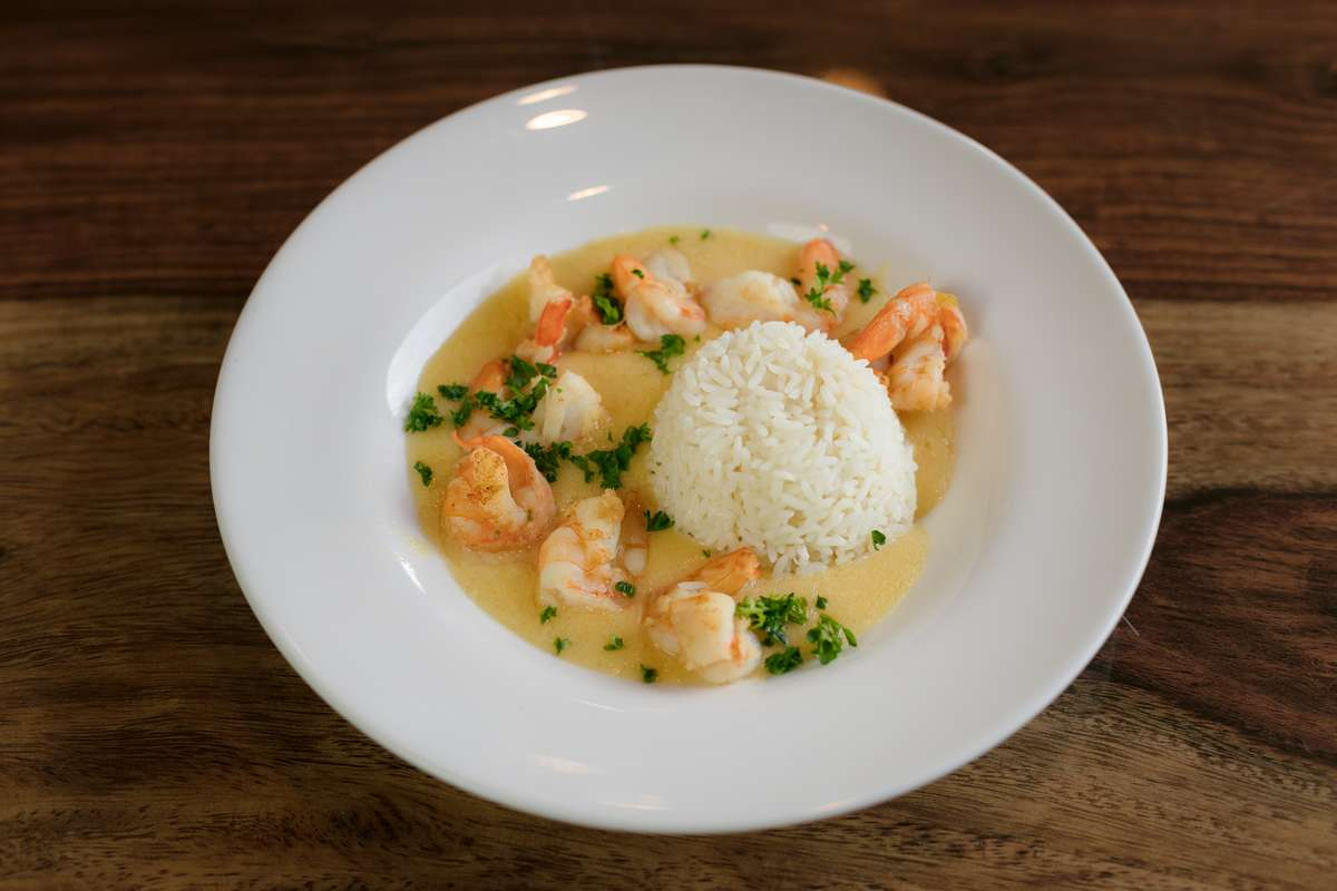 Gulf Shrimp in Garlic Lemon Cream
