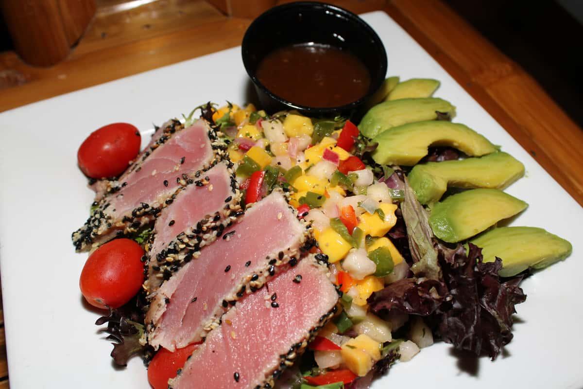 Ahi Tuna Salad*