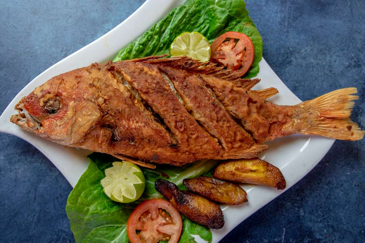 42. Pargo Entero Frito - Fried Whole Red Snapper