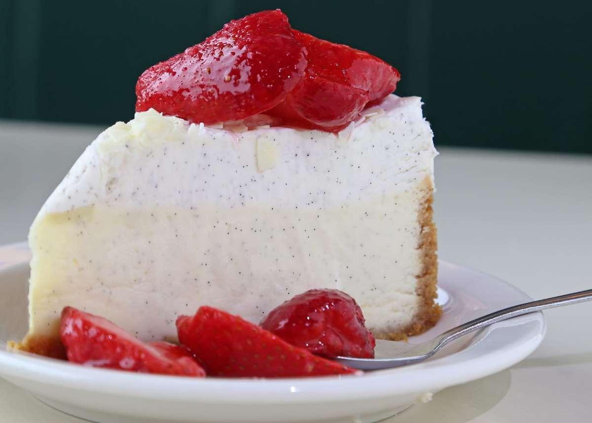 Vanilla Bean Cheesecake with Fresh Strawberries