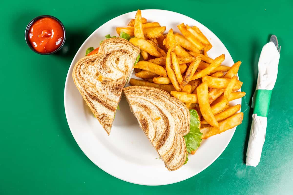 Deli Sandwiches & Wraps