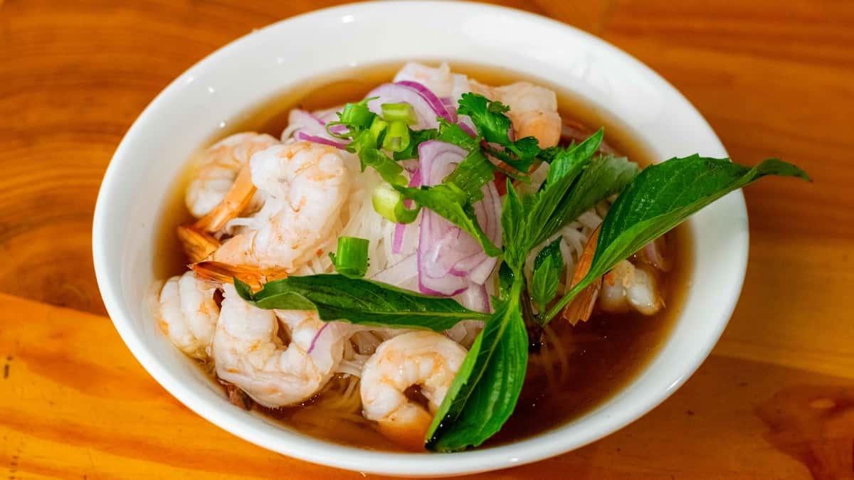 P9. Shrimp Phở