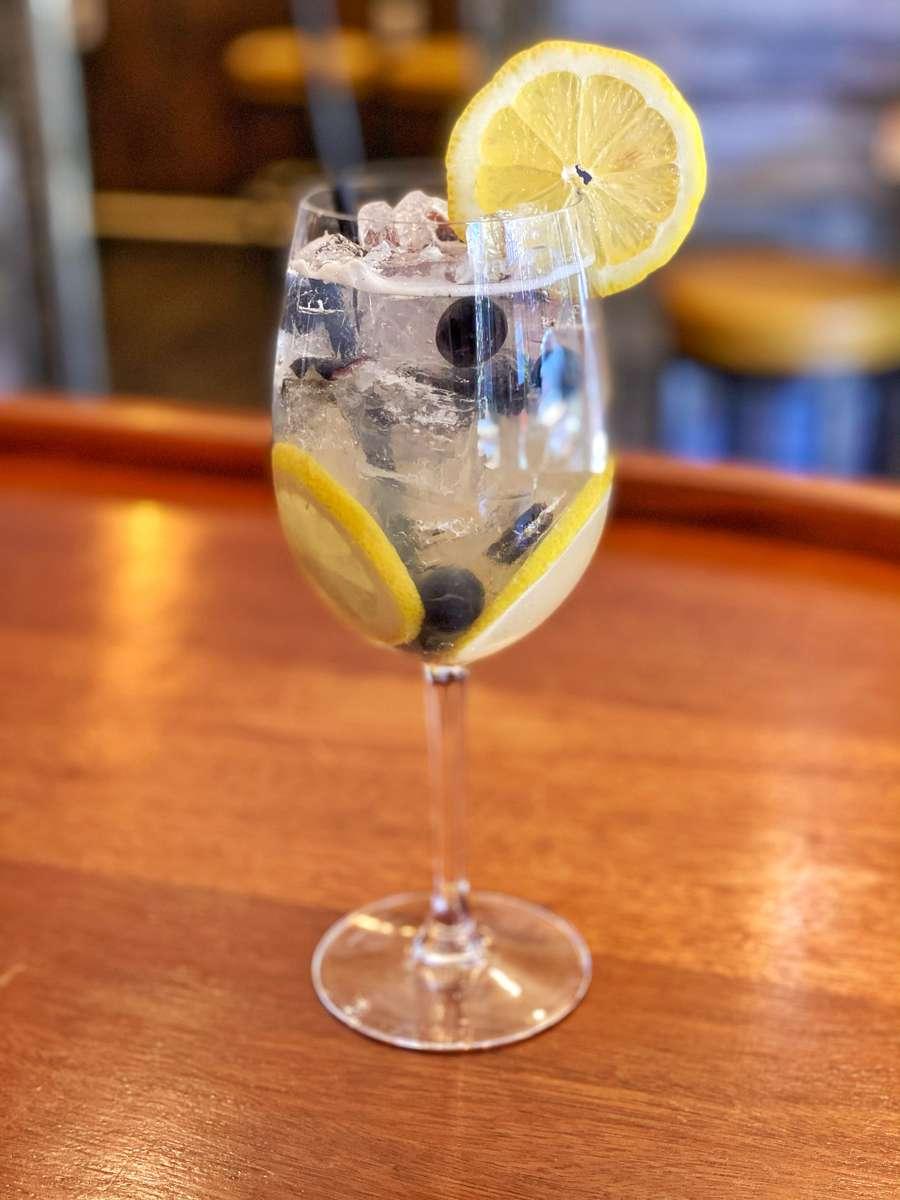 BLUEBERRY LEMON Finlandia vodka, blueberries, lemon