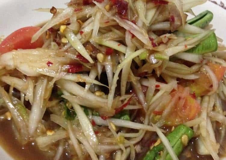 Thai Lao Papaya Salad