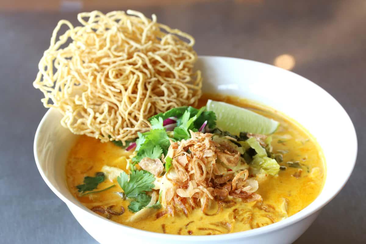 Khao Soi Gai (Chicken)