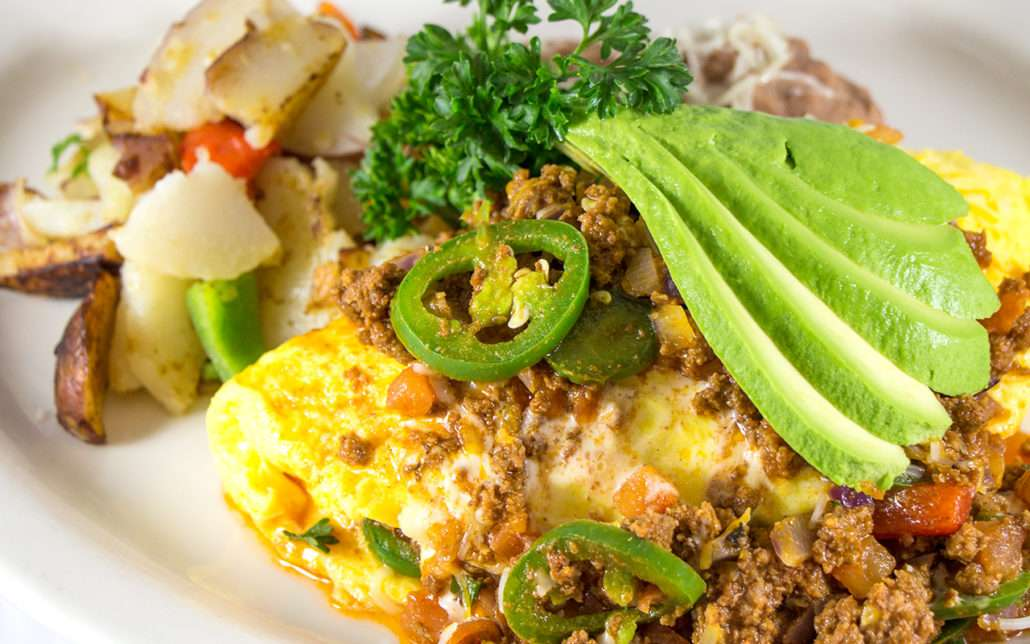 GROUND BEEF SPICY OMELETTE