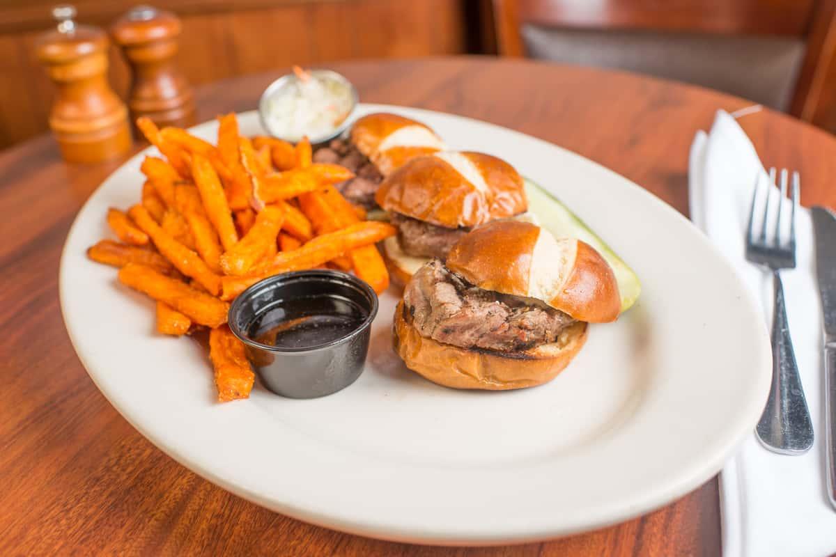 Mini Beef Tenderloin Sandwiches (3)