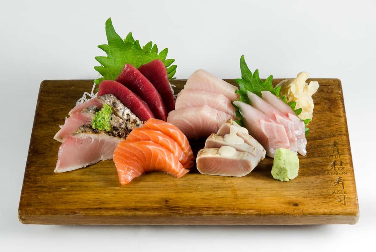 Sashimi Deluxe Platter