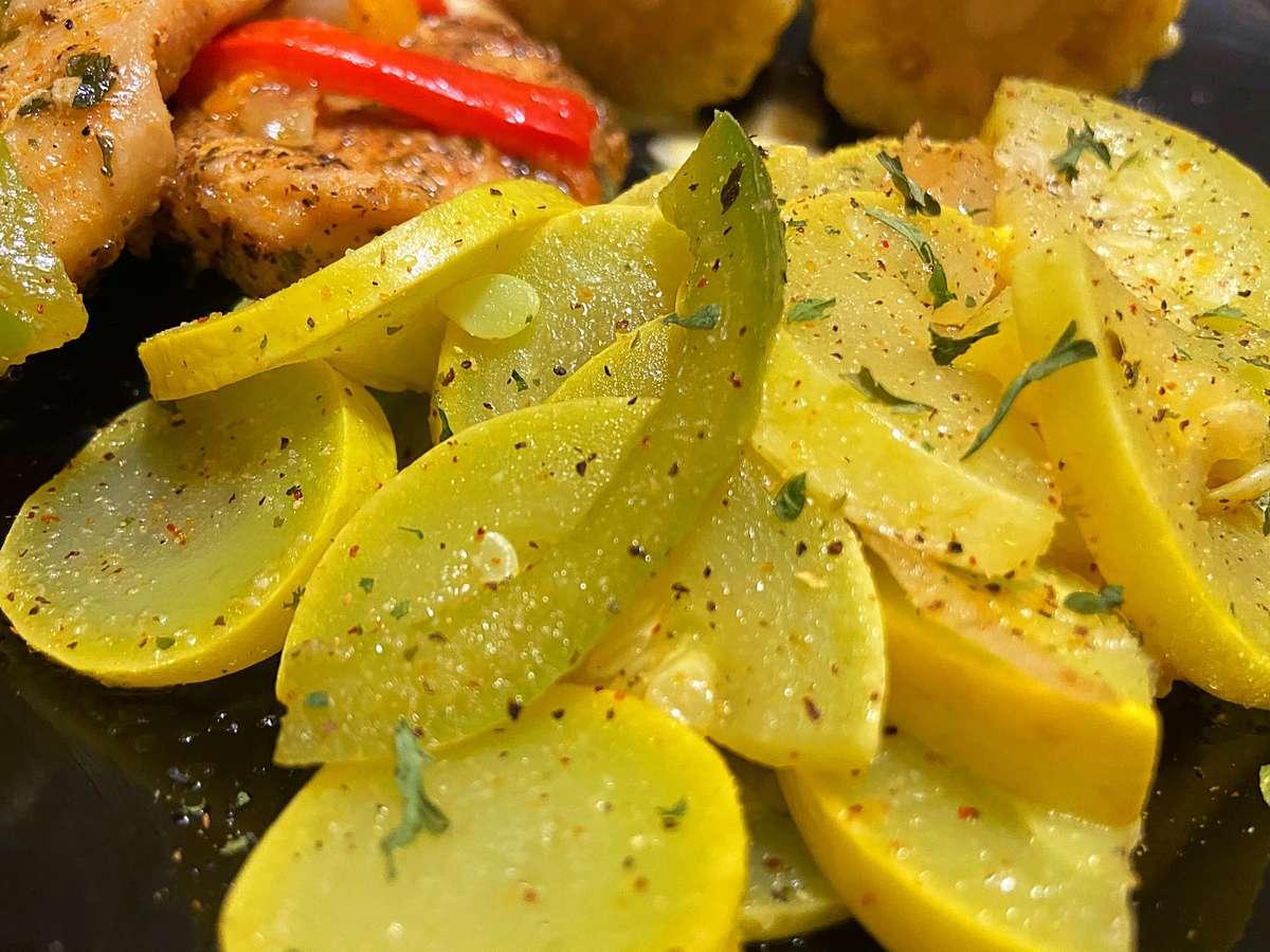 Zucchini & Squash (sautéed)