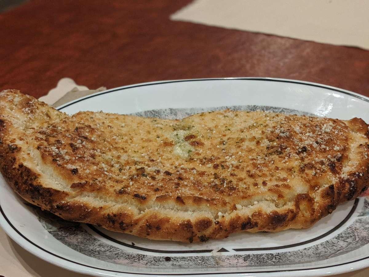 Garlic Chicken Calzone/Stromboli