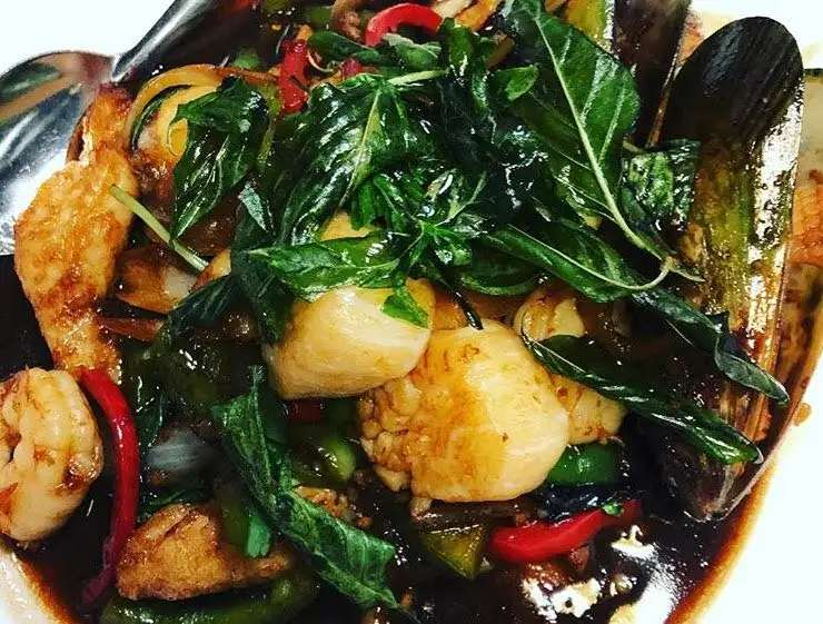 Keto-Friendly Thai Food You Can Have