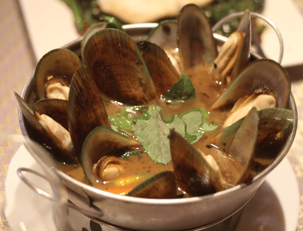 Spicy Mussels Soup (Jitlada's Style)