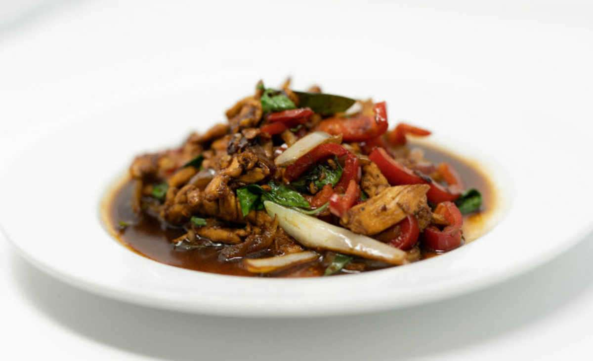 L8. Thai Basil + Rice + Salad