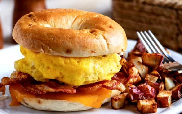 Breakfast Sandwich on a Bagel - Combo