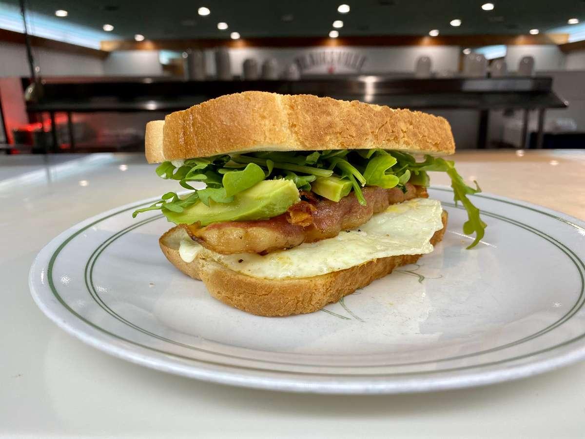 Bacon-Egg-Avocado-Mixed Greens