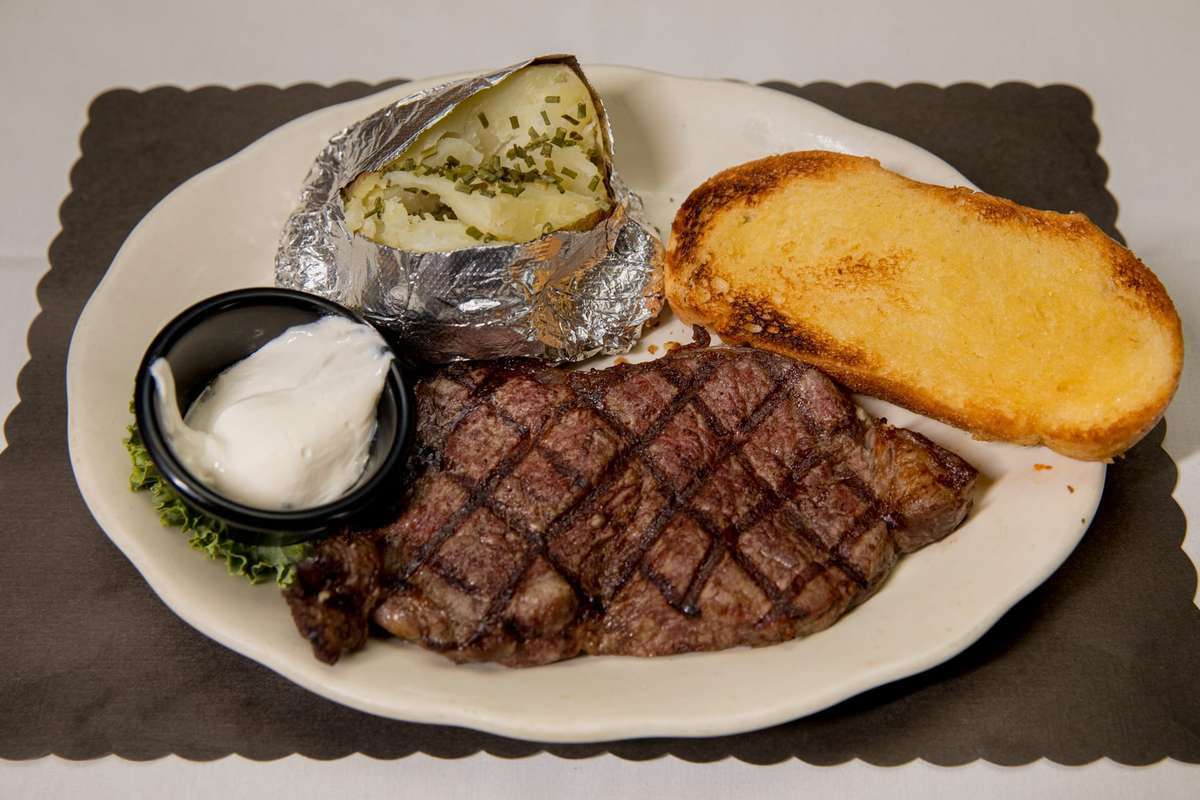 Choice Angus New York Strip Steak 14 oz.