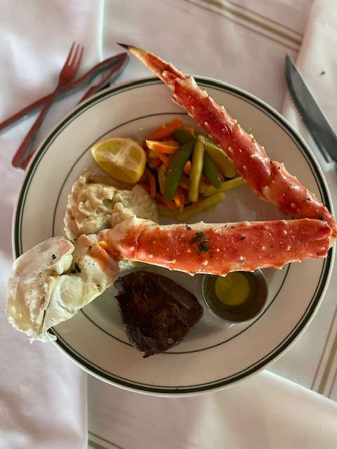 Filet Mignon & Alaska King Crab
