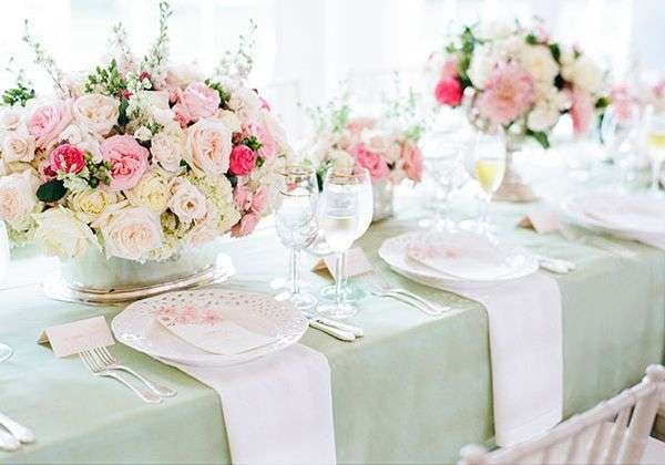 bridal luncheon table setting