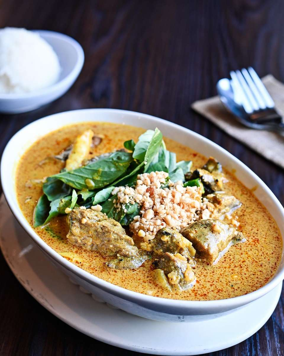 Filet Mignon Red Curry