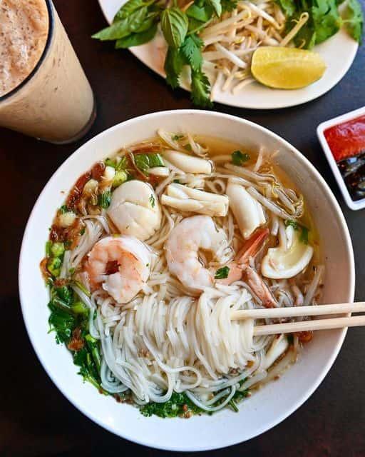 """Thai Style Noodle Soup """"Pho Thai"""""""