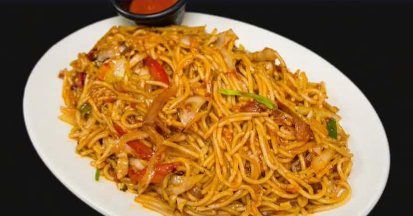 56. Vegetable Hakka Noodles