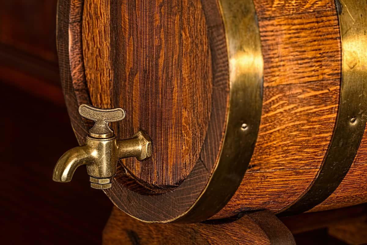 oak beer barrel