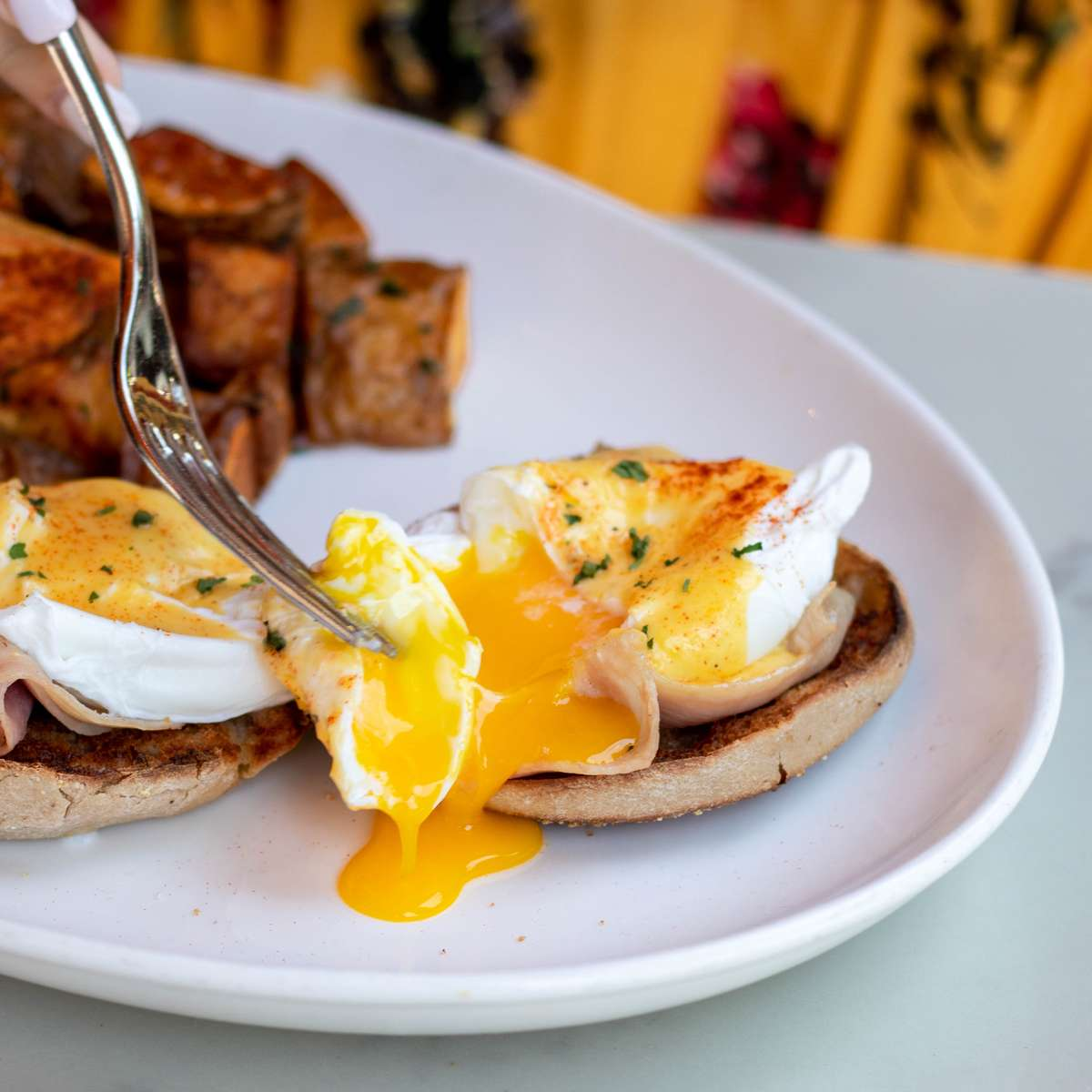 Eggs Benedict *°