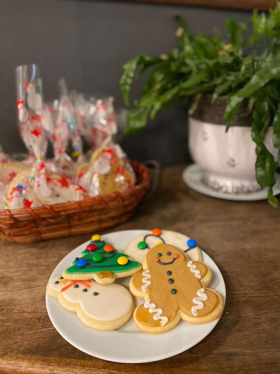 1 Dozen Decorated Holiday sugar cookies